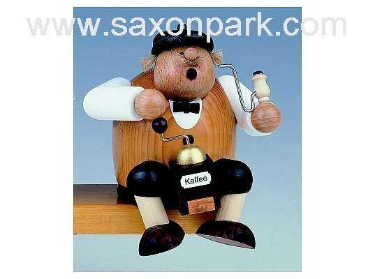 KWO - Christmas Smoker coffee saxon, sitting