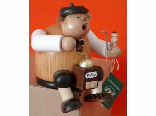 KWO - Christmas Smoker coffee-boy, sitting