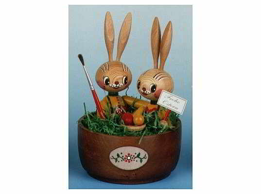 Mothes - easter bunnies in the basket