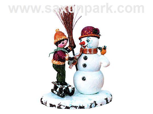 Hubrig - Boy with Snowman